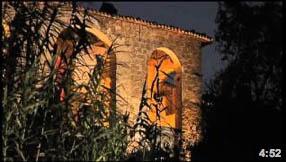 Narrazione lenta della rinascita di un antico convento